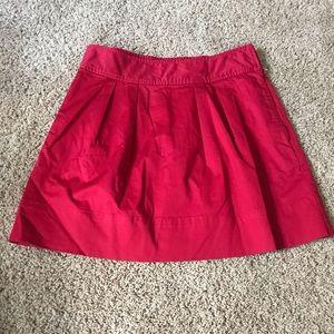 Vineyard vines red skirt